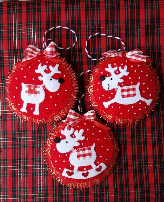 Felt Reindeer Ornaments-Red and White Reindeer Christmas