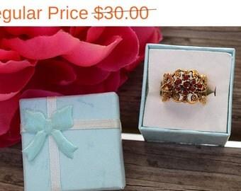 SALE! Romantic Vintage Floral Filigree Ring