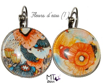 "Mismatched earrings ""blooms"""