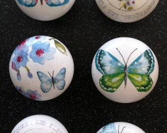 Set of 6 Handcrafted 'Romatic Fleur' Door Knobs