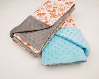 Personalized Baby Boy Fox Blanket - Grey MInky Dot and cotton flannel with foxes - Baby shower Gift