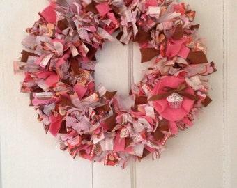 Cupcake wreath, Baking Party Wreath, Birthday Party Wreath, Rag Wreath, Rag Wreath, Every day Wreath, Front Door Wreath, Love cupcakes