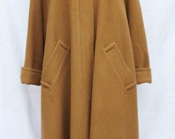 CÉLINE Vintage camel coat size 38 (M)