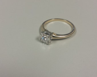 Vintage 14K Yellow Gold Engagement Ring With Diamond on White Gold Mounting