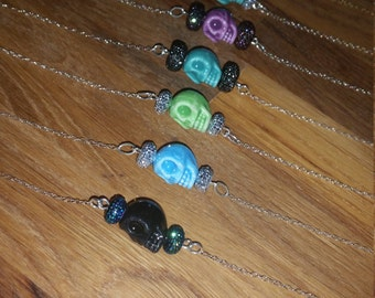 Skull Necklace with glitter beads