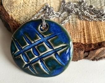 Pebble Crosshatch Ceramic Pendant