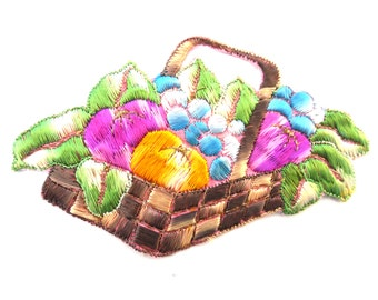 Applique, Fruit, fruit basket applique, 1930s vintage embroidered applique. Vintage patch, sewing supply.  #649GC8K1