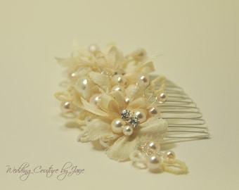 Ivory Silk Flower Bridal Hair Comb, Dupioni, silk ribbon, silk flower hair, ivory hair comb, millinery flowers