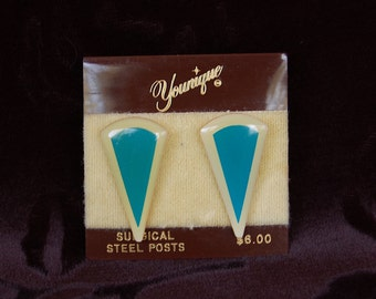 Vintage Turquoise Post Earrings w/ Cream Border