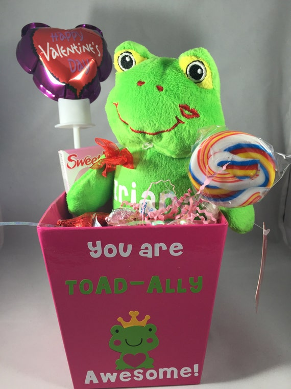 Frog Lovable Huggable Valentine Gift Basket with Candy