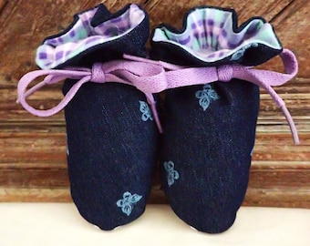 Itty Bitty Baby Booties- The Georgia
