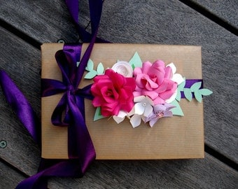 Paper Flower Gift Wrap Topper / Present Topper