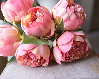 Lovely Peony Bunch in dark pink -ITEM011