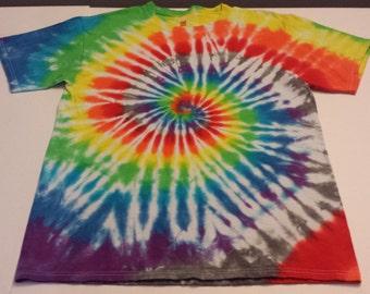 Spiral Design - Tie Dye - Size Medium - T Shirt