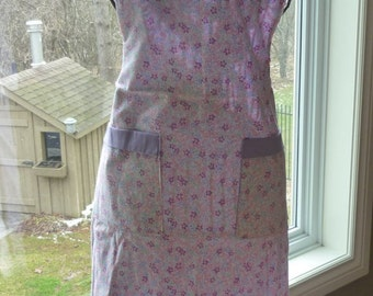 Vintage Apron - Forget Me Not Flower Design - Pretty in Pinks and Purples - Perfect Gift for the Cook at your House