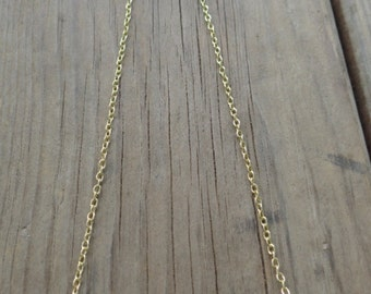 Howlite bead necklace in gold
