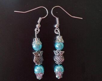 Owl earings, light blue beads