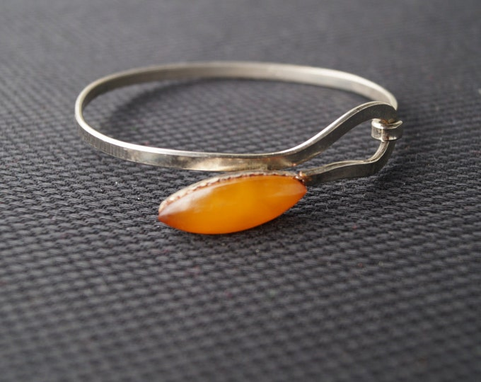 vintage amber bracelet - Baltic amber- elegant vintage bracelet- vintage USSR