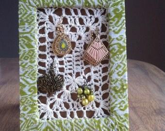 Earring Holder with crochet mesh