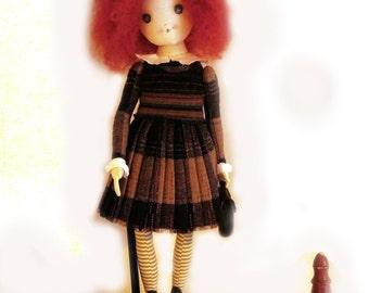 Doll Redhead schoolgirl