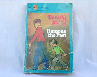 Ramona The Pest Paperback Book Beverly Cleary 1980s 1990s Fiction Novel