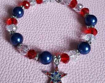 4th of july red,white and blue memory wire bracelet