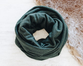 Dark Green Scarf / Green Infinity Scarf / Cowl Scarf / Womens Scarves / Fashion Accessories / Fall Scarf / Autumn Scarf / Gift for Women