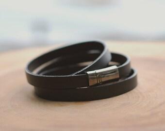 Black leather , Wrap around  magnetic bracelet, Mens jewelry, mens bracelet,gift for him