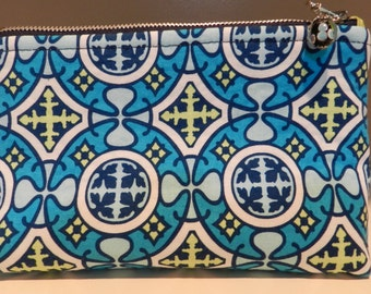 Tory Burch Style Padded Cosmetic Case
