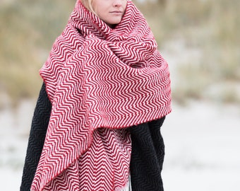 Handwoven Maxi Scarf Women wool cape Merino, Alpaca Wool blend Natural & Warm material made in Italy