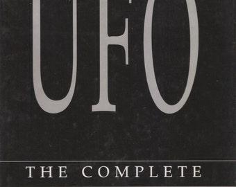 UFO : The Complete Sightings Illustrated Large Book Full Color Artwork HC DJ