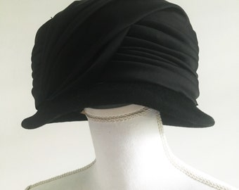 Vintage 50s Italian Made Black Cloche Hat
