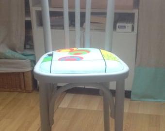 Modernized bistro Chair