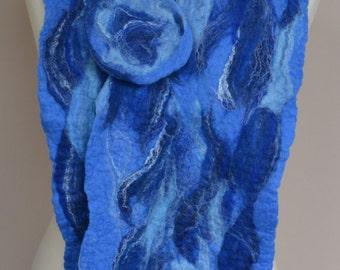 Blue merino wool felted scarf. Pale blue wool scarf. Handmade felt scarf. Merino wool scarf. Winter scarf.