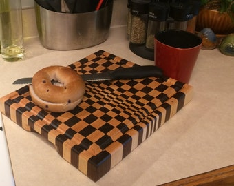 3D Extra-Thick End-Grain Cutting board: Walnut and Maple