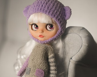 Set for Blythe oversize knitted sweater and crochet fluffy bear helmet in lilac