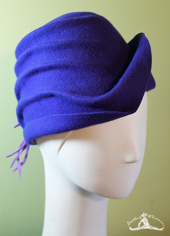 Women's Violet Wool Cloche Hat - Women's Purple Sculpted Cloche - 1920s Style Purple Cloche - OOAK