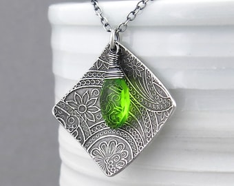 Peridot Necklace Modern Silver Necklace Green Necklace Green Gemstone Necklace August Birthstone Jewelry Mother's Day Gift - Contrast