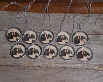 10 Primitive Metal Rimmed Hang Tags Christmas Folk Art Snowman Vendor Hang Tags Ornies Scrapbooking Party Favors Gift Ties