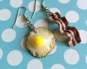 Bacon and Egg Earrings. Brunch Jewelry. Wear your Breakfast!