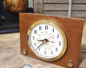 Free Shipping Mid Century Westclox Wood Alarm Clock Wooden With tags electric works makes noise