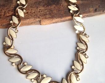 Vintage Necklace, Linked Necklace, Enamel Necklace, Cream Enamel, Trifari Necklace, Vintage Enamel Necklace, Enamel Leaf Necklace