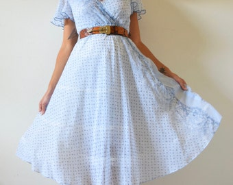 SPRING SALE/ 20% off Vintage 70s Baby Blue Floral Calico Chambray Shirt Waist Circle Dress (size xs, small)