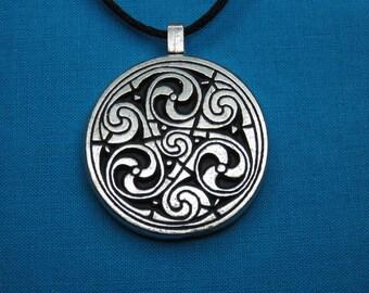 Large Circular Celtic Swirls Knotwork Pendant in Silver Pewter, Handmade, Handcast STK036