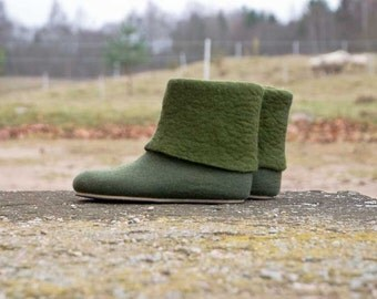 Women felted house shoes Wool boots Felt mens boots Woolen Bootie Ankle boots
