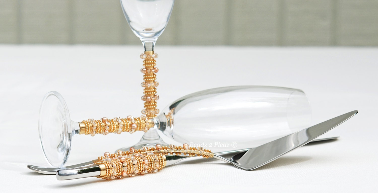 bling wedding cake cutting set swarovski gold wedding cake server and knife set gold bling 11924