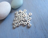 mini  pewter heishi disk beads  , small 4mm rondelle  Silver plated spacer , metal casting  30 beads / 6aT-0440-11