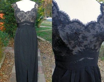 1950s Vintage Black Lace Long Wiggle Dress Chevron Waist Pleated Pencil Skirt with Slit Maxi Dress Cap Sleeve Size Extra Small