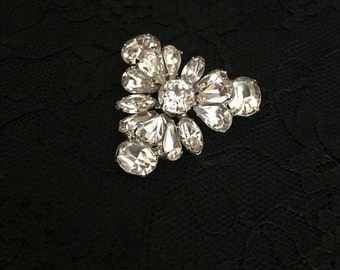 Vintage Art Deco Signed EISENBERG Flower Triangle Crystal Brooch C.1940