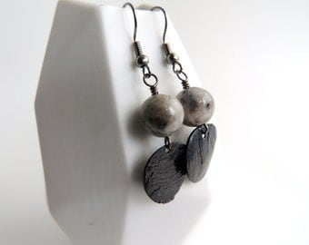 Agate Bead and Shell Earrings -- Gray Gemstone Beads -- Black Shell Circle Drop Charms -- UK Shop
